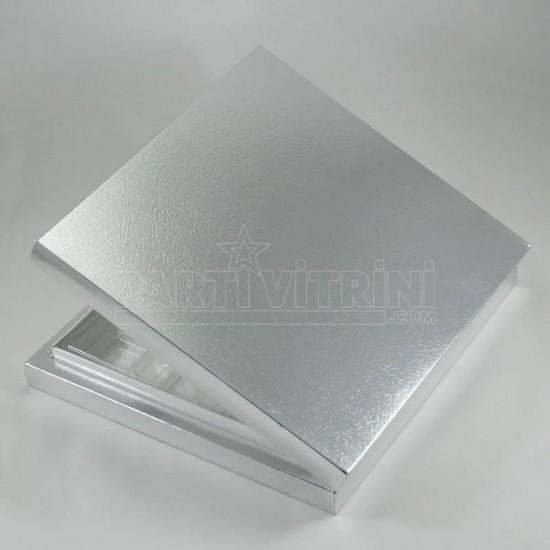16 Bölmeli Madlen Çikolata Kutusu Gümüş Renkli