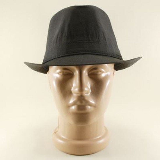 Siyah Renkli Ve Siyah Bantlı Fötr Şapka